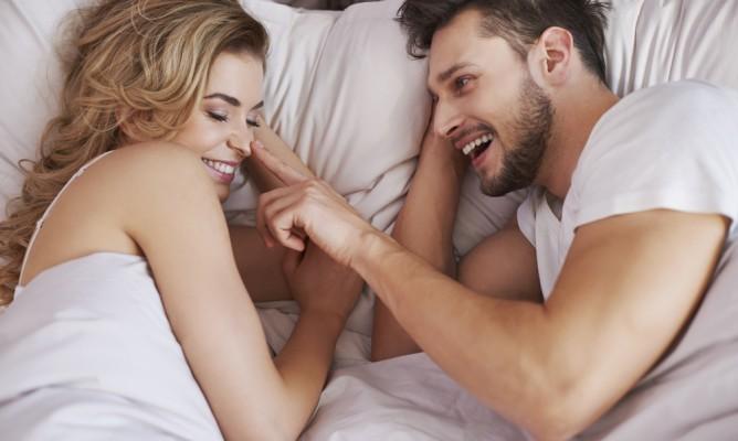 Κωδικός: Άγγιγμα – Τι σημαίνει το άγγιγμα κάθε ζωδίου στο σεξ
