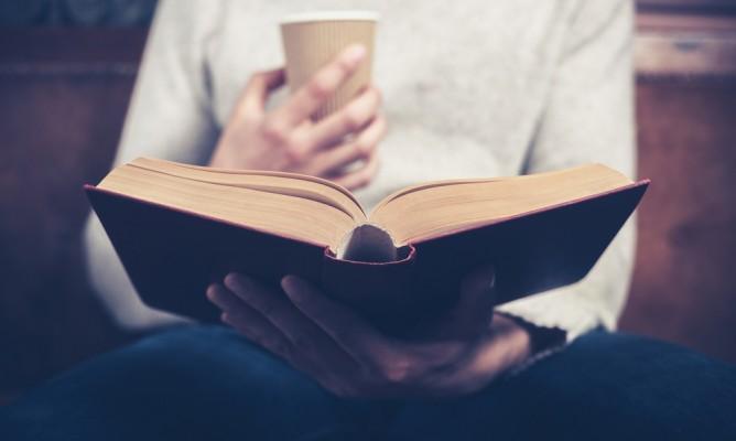 Είσαι έφηβος; Πώς καθορίζει το διάβασμά σου το ζώδιο σου;