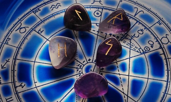 Κρυσταλλογραφία: Ποια είναι τα αγαπημένα πετρώματα του κάθε ζωδίου;