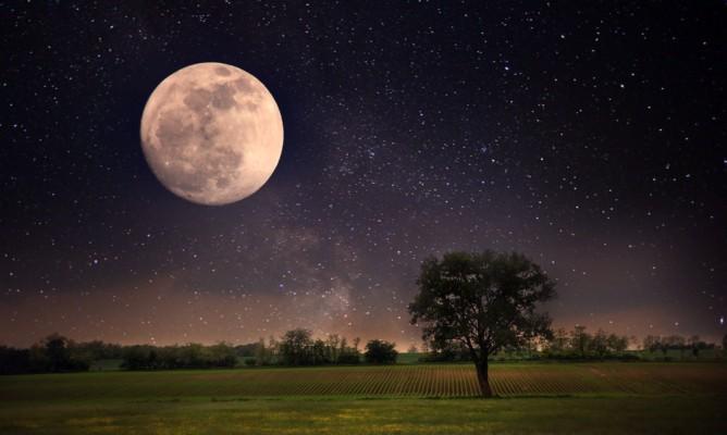 Παύσεις Σελήνης Σεπτεμβρίου: Τι να προσέξετε