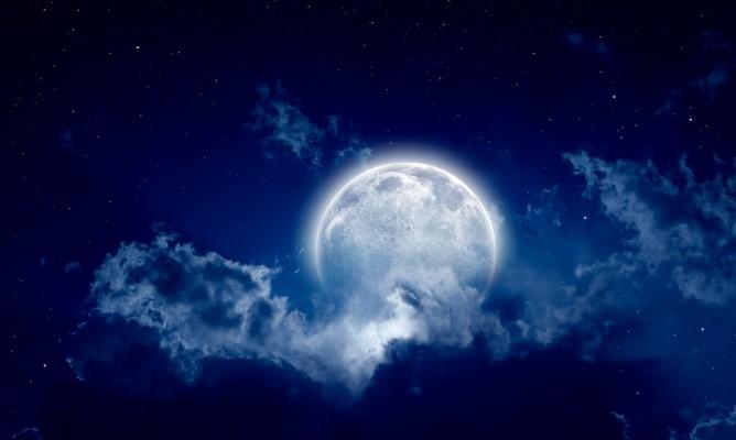 Παύσεις Σελήνης Δεκεμβρίου: Τι να Προσέξετε
