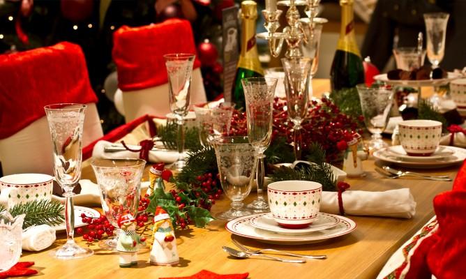 Ζώδια και Χριστούγεννα: Τι θα συμβεί στο οικογενειακό τραπέζι