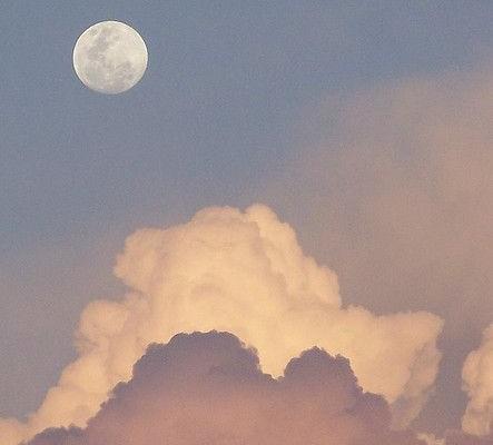 Διέλευση Σελήνης από τον Ταύρο!